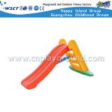 O plástico acima e desliza para baixo o campo de jogos plástico brinca (M11-09412)
