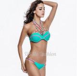 Reizvoller Verband drücken oben aufgefülltes brasilianisches Badebekleidungs-Bikini-Set