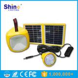 Lanterna di campeggio solare del LED con le lampadine del LED