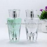 Botellas de vidrio de perfume cristalino de gama alta con tapa de cristal, botellas de vidrio de aerosol de fragancia