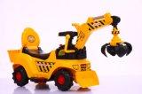O passeio elétrico do cabouqueiro do brinquedo das crianças de China no bebê do carro caçoa o caminhão do brinquedo