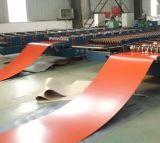 Feuille en acier enduite d'une première couche de peinture galvanisée de toiture
