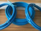 Blaue Herausströmen-Unterlegscheibe-Schläuche