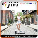 Individu de 2 roues équilibrant le scooter électrique de coup-de-pied, panneau de vol plané, scooter portatif