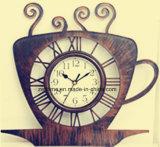 Horloge de mur en gros innovatrice de vente chaude de divers types