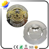 Spitzen- und stattlicher gravierter runde Form-Metallflaschen-Öffner