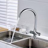 Les robinets de cuisine de fini de chrome filètent les mains duelles