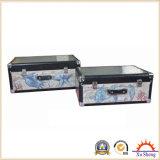 Valise en bois de style vintage avec imprimé de lin et feuille d'aluminium