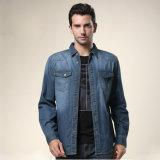 Джинсыов Mens отдыха втулки 100%Cotton пальто джинсовой ткани рубашка длинних прямая