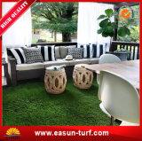 庭の装飾のための中国の製造者の人工的な草