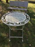 ホームおよび庭のための旧式で白い現代鉄の折りたたみ式テーブル