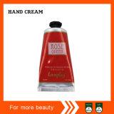 Crème cramoisie de main de fleur de cerise