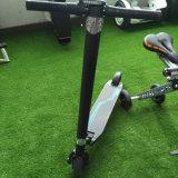 $138 E Skateboard/7 인치 전기 Foldable E 스쿠터