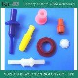 Подгонянные конструированные продукты силиконовой резины отлитые в форму для автозапчастей
