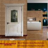 Дверь спальни белой краски деревянная с матированным стеклом (GSP3-042)
