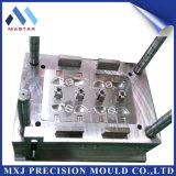 Stampaggio ad iniezione di plastica personalizzato del ricambio auto di precisione