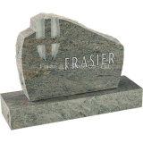 Monumento dritto del granito con la scultura trasversale
