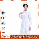 Robe uniforme d'infirmière blanche procurable d'hôpital d'OEM de coton