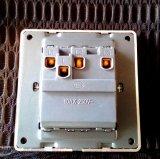 Branco BRITÂNICO do interruptor do grupo da tira padrão 3