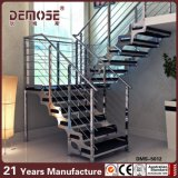 Escalera de acero con madera de la banda de rodadura (DMS-5012)