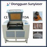 Niedrige Kosten-Laser-Gravierfräsmaschine für Acryl mit CER-FDA