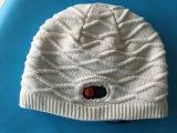 Ooutdoor再充電可能で優雅な編むHeateの帽子