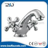 Перекрестной кран Faucet тазика цены по прейскуранту завода-изготовителя ручки 2 установленный стеной