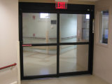 자동적인 미닫이 문 또는 유리 미닫이 문