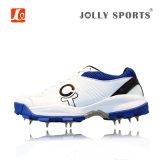 人のための釘が付いている運動機能履物のコオロギの野球の靴
