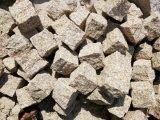 중국 Granite/G682/Cobble 돌 포석 또는 백색 또는 베이지색 또는 회색 또는 까맣고 또는 노랗고 또는 녹색 또는 브라운 화강암 또는 마루 도와 또는 자연적인 돌 또는 화강암 석판 또는 돌 도와