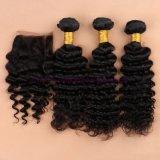 閉鎖浜が付いているブラジルのバージンの毛は束束と編む深い巻き毛水波の人間の毛髪を搭載する4X4レースの閉鎖を振る