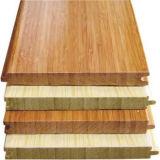 Un suelo de bambú sólido carbonizado horizontal de grado