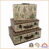 白いカラーの旧式なネスティングPUプリントスーツケースの収納箱の木のギフト用の箱