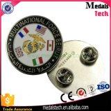 Dongguan OEM Fabricante Bulk Antoque Silver Square Custom Lapel Pins