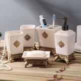 Insiemi di ceramica semplici poco costosi degli accessori della stanza da bagno di prezzi 5PCS