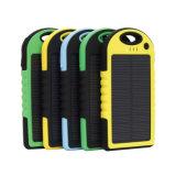 5000mAhポリマー電池が付いている最新の携帯用太陽エネルギーバンク