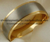 Cómoda joyas de acero inoxidable CZ 18k oro plateado anillo de titanio
