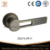 Выдолбите вне ручку рукоятки двери сплава цинка на круглой розетке (Z6376-ZR11)