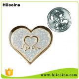 Divisa modificada para requisitos particulares del Pin de la solapa del corazón del color de rosa del color