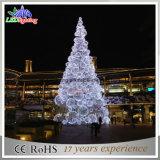 新しく大きい3D球の屋外の金属によってつけられるクリスマスツリー