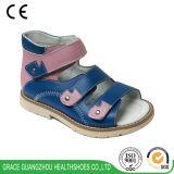 Sandalo ortopedico del cuoio del sandalo dei capretti dei pattini dei bambini di Graceortho (4811302)