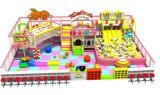 Campo de jogos interno macio de Comercial do projeto o mais novo para miúdos