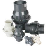 Soupape pour l'ajustage de précision de pipe de PVC