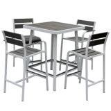 قابل للتراكم ألومنيوم بلاستيكيّة خشبيّة خارجيّة مطعم أثاث لازم قضيب كرسي تثبيت طاولة مجموعة