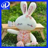 かわいいウサギのプラシ天のおもちゃの人形の柔らかい枕ぬいぐるみのおもちゃのクリスマスのギフト
