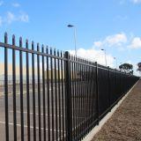 La polvere nera di lucentezza ha ricoperto la barriera di sicurezza saldata qualità