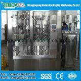 A máquina de engarrafamento do suco de fruta para o animal de estimação engarrafa 3000bph - 36000bph