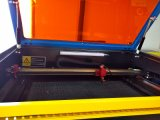 Laser 절단기를 자르는 400*300mm 아크릴 목제 가죽 피복 고무 비 물자