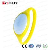 Wristband amarelo do silicone do estrangeiro H3 RFID na forma do relógio