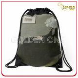 ポリエステルドローストリング袋を広告する豪華なデザイン